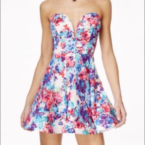 B Darlin Dresses & Skirts - B Darlin Junior Plus Strapless Floral Dress  14/15